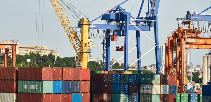 Chinas Exporte legen kräftig zu