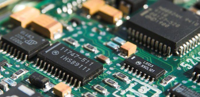 Corona beschert Intel hohe Umsätze